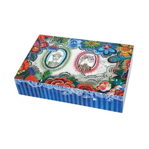 Schachtel Timea
